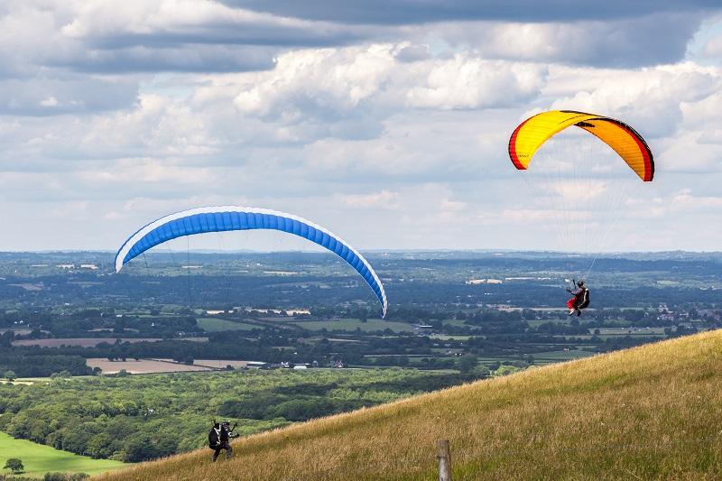 Paragliding down Devils Dyke