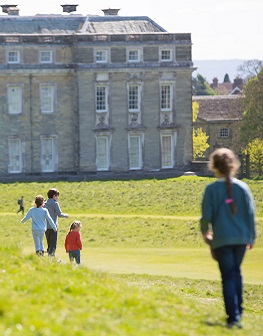 Children running in front of Petworth House