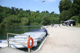 Swanbourne Lodge boating lake