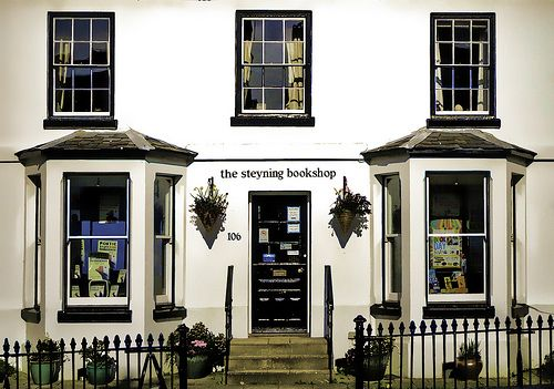 The front of The Steyning Bookshop