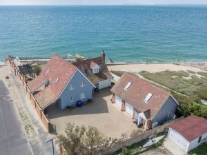 Selsey Beach House by the sea
