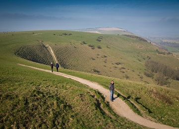 South Downs walking trails with beautiful countryside