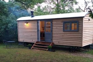 Shepherds hut converted into accommodation in Ashurst