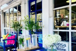 Fitzcane's cafe outside
